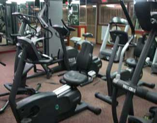 Fitness Center Lake Crest Apts
